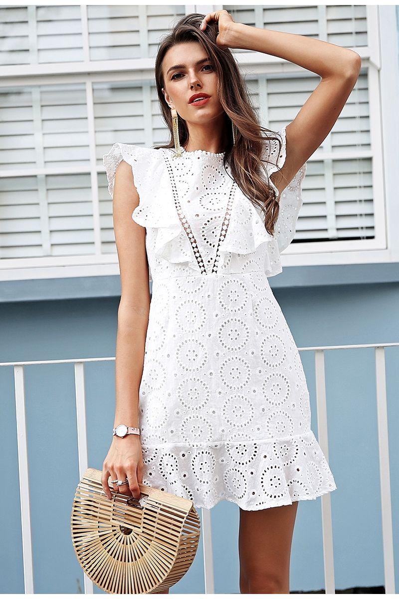 556d6b9c0c2 Simplee вышивка Хлопковое белое платье женские рюшами рукава Высокая талия короткое  платье 2018 Замочная скважина Назад повседневные платья женские vestidos ...