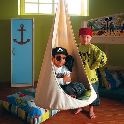 Muebles infantiles tienda colgante de techo para ni os for Muebles para ninos