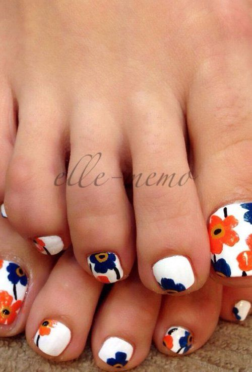 12 Cute Easy Toenail Designs For Summer 10 Flower Design