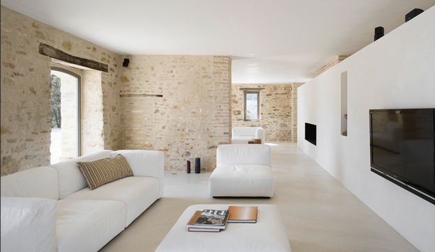 Minimalist 300 Years Old Farmhouse | Interior Design Inspirations And  Articles