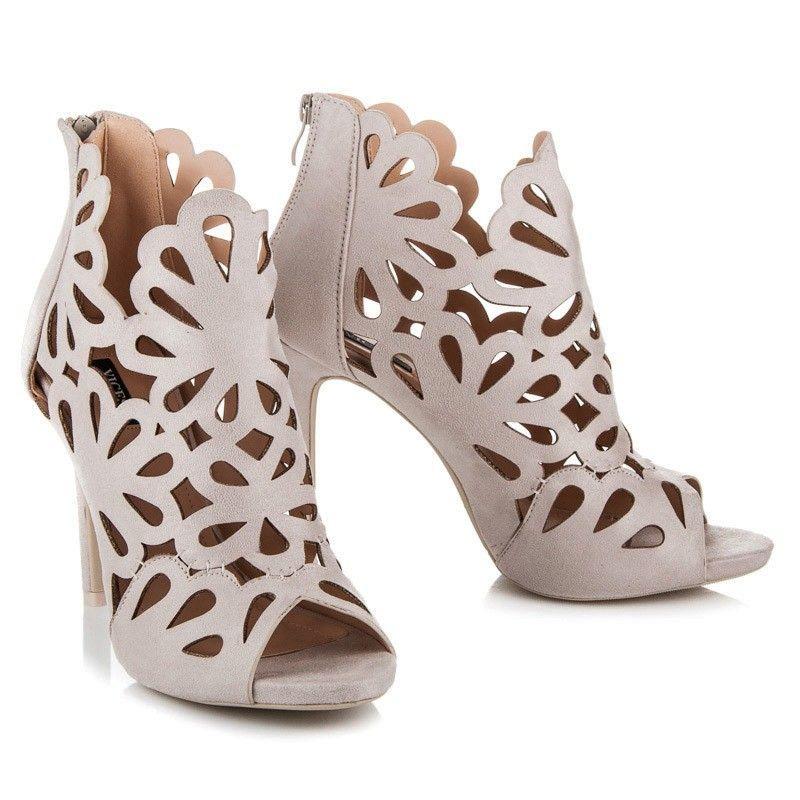 b0ef6d677 Krémové sandále na opätku 1165-14BE | Dámske sandále
