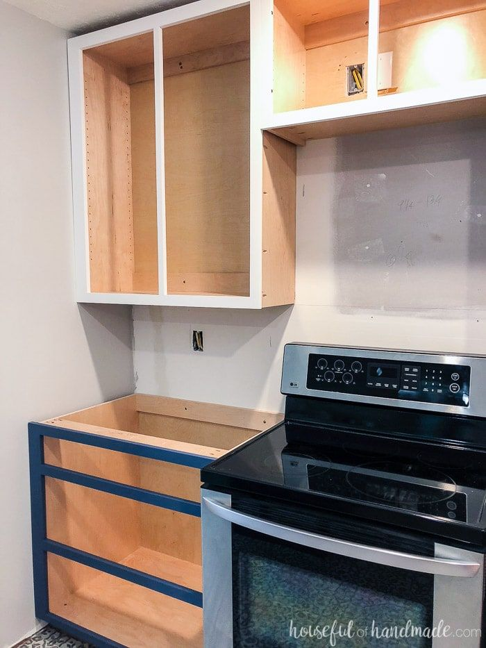 how to build base cabinets in 2020 | building kitchen