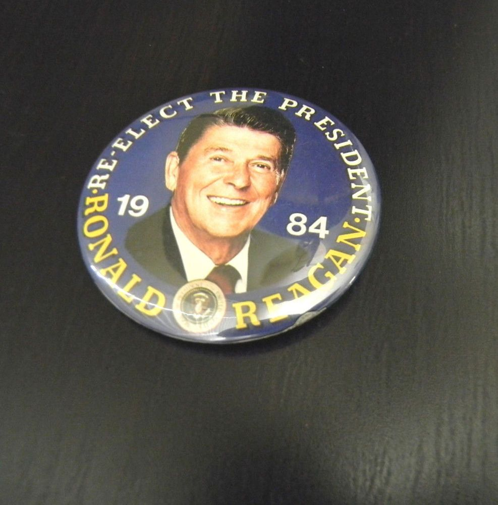 Ronald Reagan 1984 Re-elect The President Reagan Pin Back Button