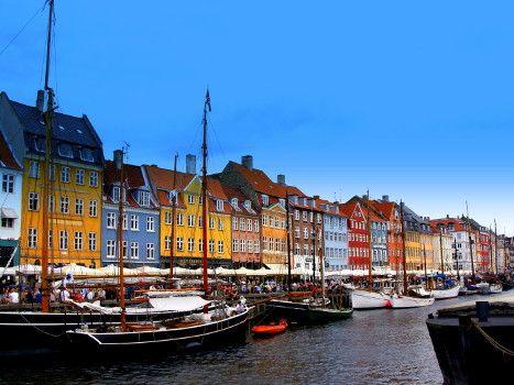 Häuser In Dänemark bunte häuser in dänemark regions worldwide bunte
