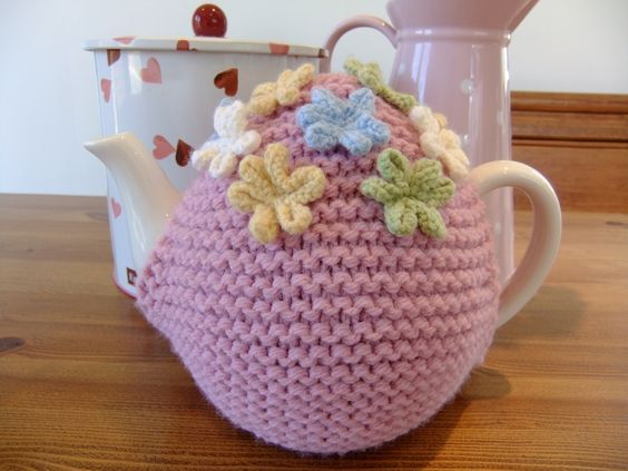 Ladybird Diaries: Tea Cosy Pattern | knitting | Pinterest