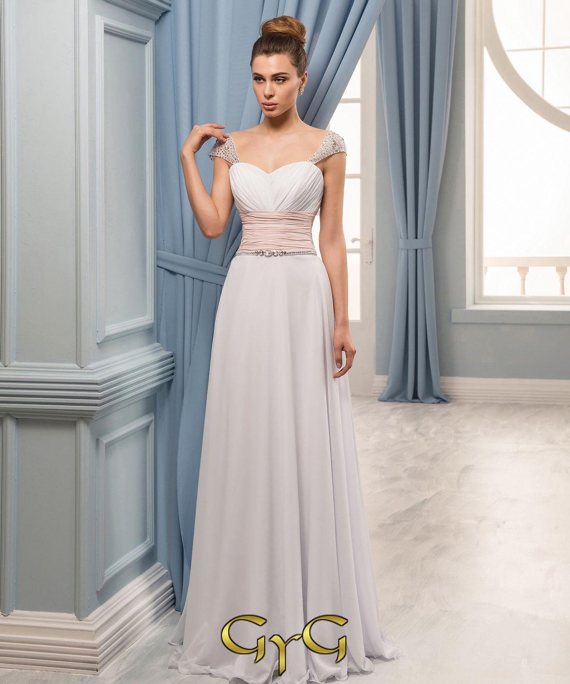 El vestido de novia Yasmin es un vestido de linea griega, bicolor ...