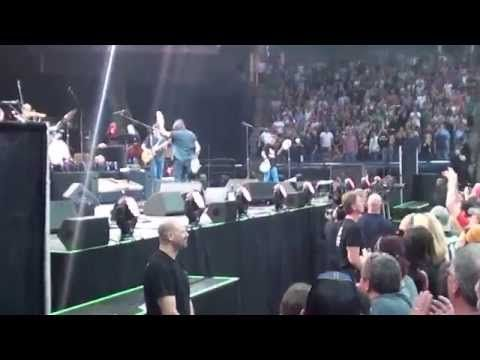 Pearl Jam w/special guest Nevan Bickel - the excitement by RedMosquito and all around is infectious!! YouTube