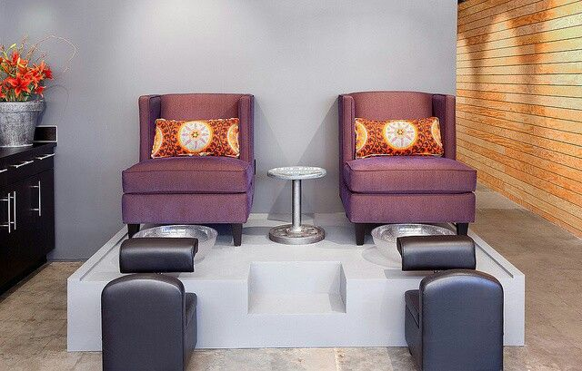 Pedicure Platform Example To Use For Building Platform W8 X D4 X H1 Step Is H6 X W16 We Don T Need The Rai Pedicure Station Salon Decor Home Salon