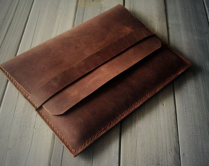 This is a Luxury Brown genuine top grade cowhide leather made iPad (Air) case Portfolio suitable with Extra Large Moleskine Notebook . We also accept custom order for other tablets.  Check the size below iPad mini 1/2/3 - Large Moleskine notebooks (13x21cm, 5x8.2 inch) or similar size notebooks  iPad 2 3 4/ Air 1/2 - Extra large moleskine notebooks 7.5 x 9.75 inches (19 x 25 cm) Or you can use it any other notebook of similar sizes.  Yes, this is a very cool and smart design gadgets 100%…