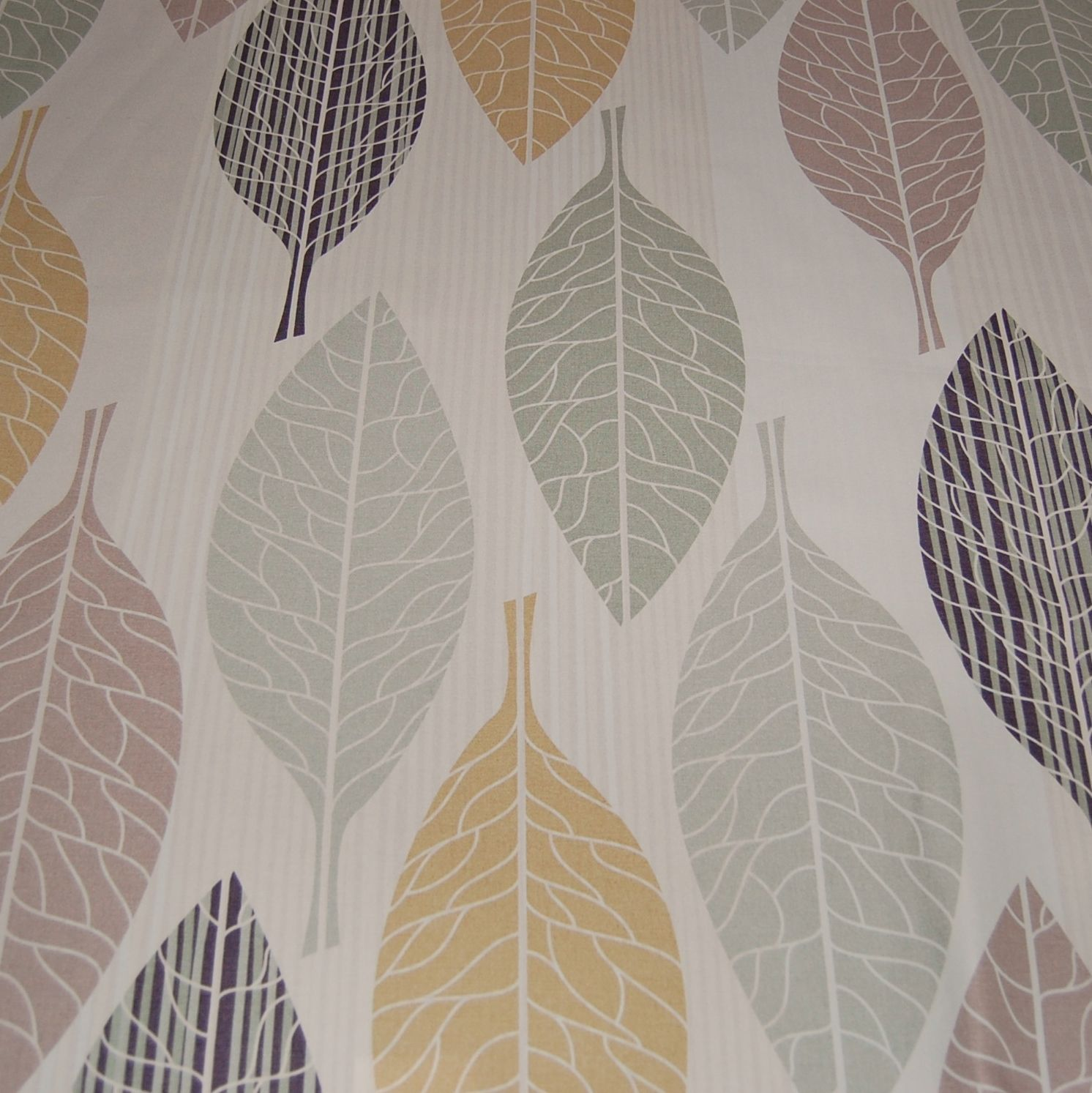 Modern Curtain Fabric With Large Leaf Print