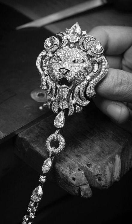 chanel sous le signe du lion i gf luxury gf luxury jewellery cartier pinterest. Black Bedroom Furniture Sets. Home Design Ideas