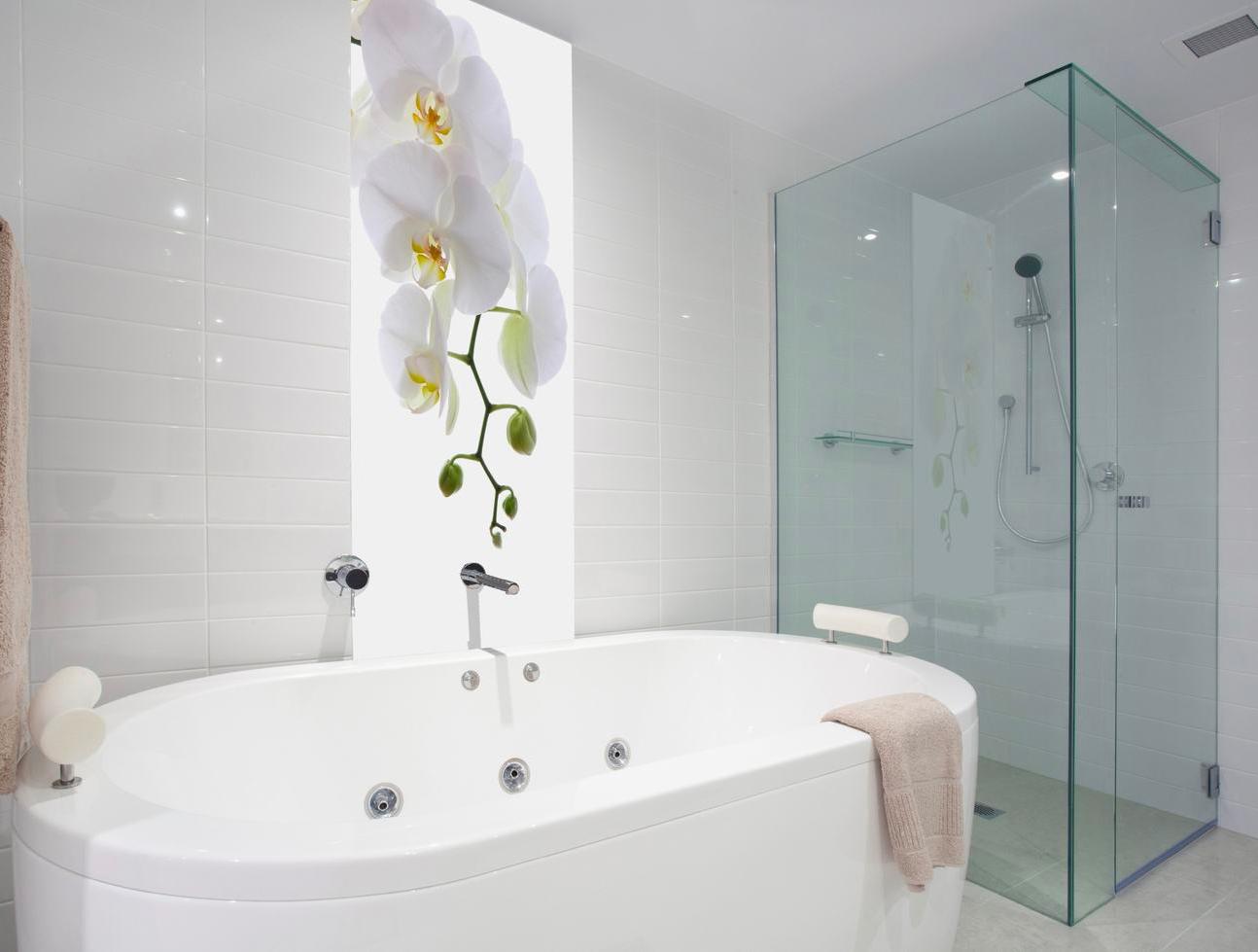 Feuchtigkeitsschutz Fur Das Badezimmer Die Ruckwand Ist Ein Moderner Fliesenersatz Und Eignet Sich Fu Badezimmer Einrichtung Badezimmer Badezimmer Umgestalten