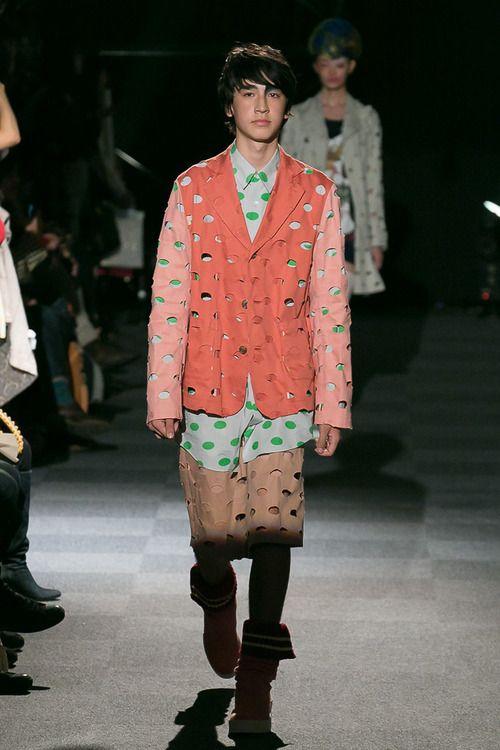 NOZOMI ISHIGURO • Spring/Summer 2014 • Tokyo Fashion Week - Fashionsnap.com