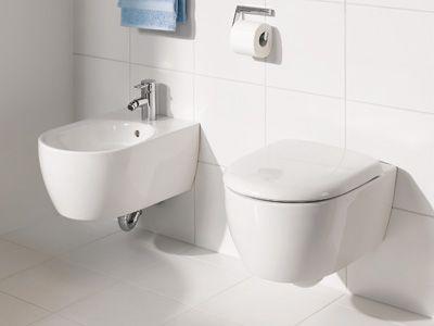 keramag 4u das besondere beim stand wc die um 3 cm erh hte sitzposition f r leichteres setzen. Black Bedroom Furniture Sets. Home Design Ideas