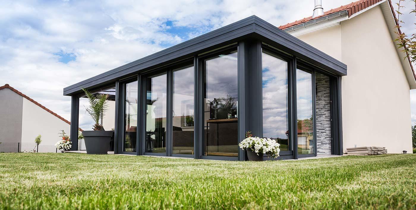 toiture plate v randa aluminium wallis maison en 2019 veranda veranda aluminium et veranda alu. Black Bedroom Furniture Sets. Home Design Ideas