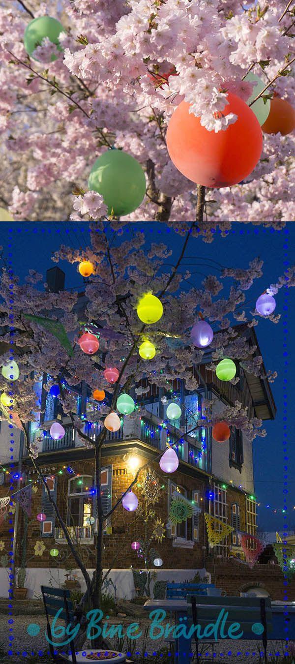 Marchenhaft Leuchtender Luftballonbaum Eine Tolle Und Einfache Dekoration Fur Ein Garten Fest Im Fruhling Ballon Baum Ballon Dekoration Sommerfest Dekoration