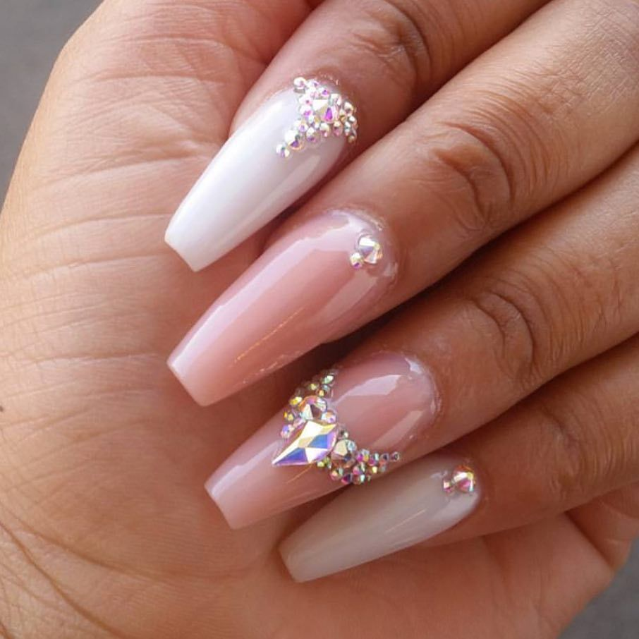 Punta coffin, Gelish blanco y rosa | T uñas | Pinterest ...