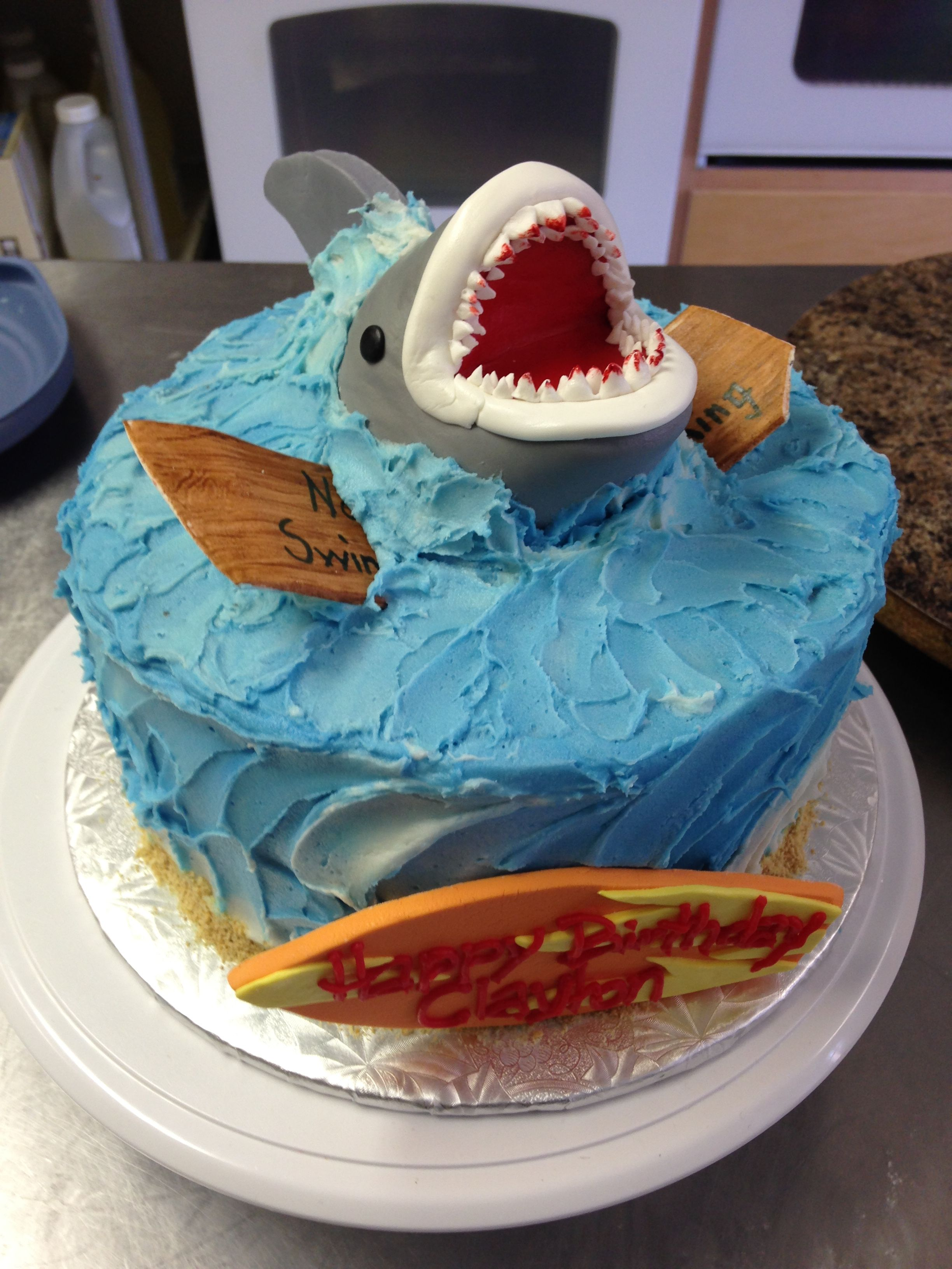 Go Swimming With The Sharks With This Jaws Themed Birthday Cake
