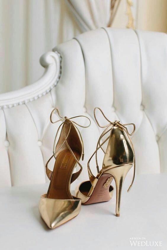 Scarpe Sposa Dorate.Immagine Di Marieclaireinspiration Su Shoes Scarpe Da Sposa