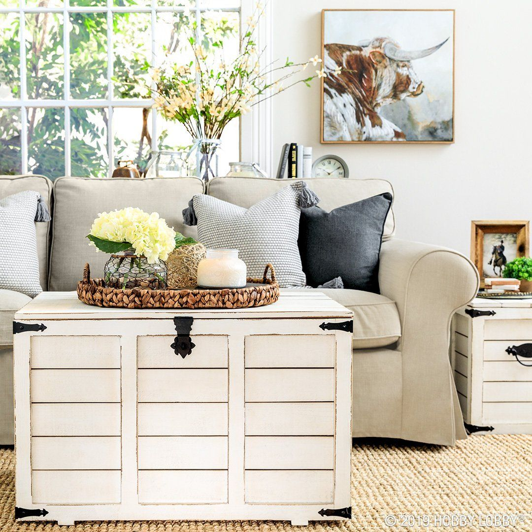 Exceptionnel For A Pretty And Polished Space That Really Inspires, Couple Out Of The Box  Furnitureu2014like These White Weathered Trunksu2014with Interesting Wall Art.