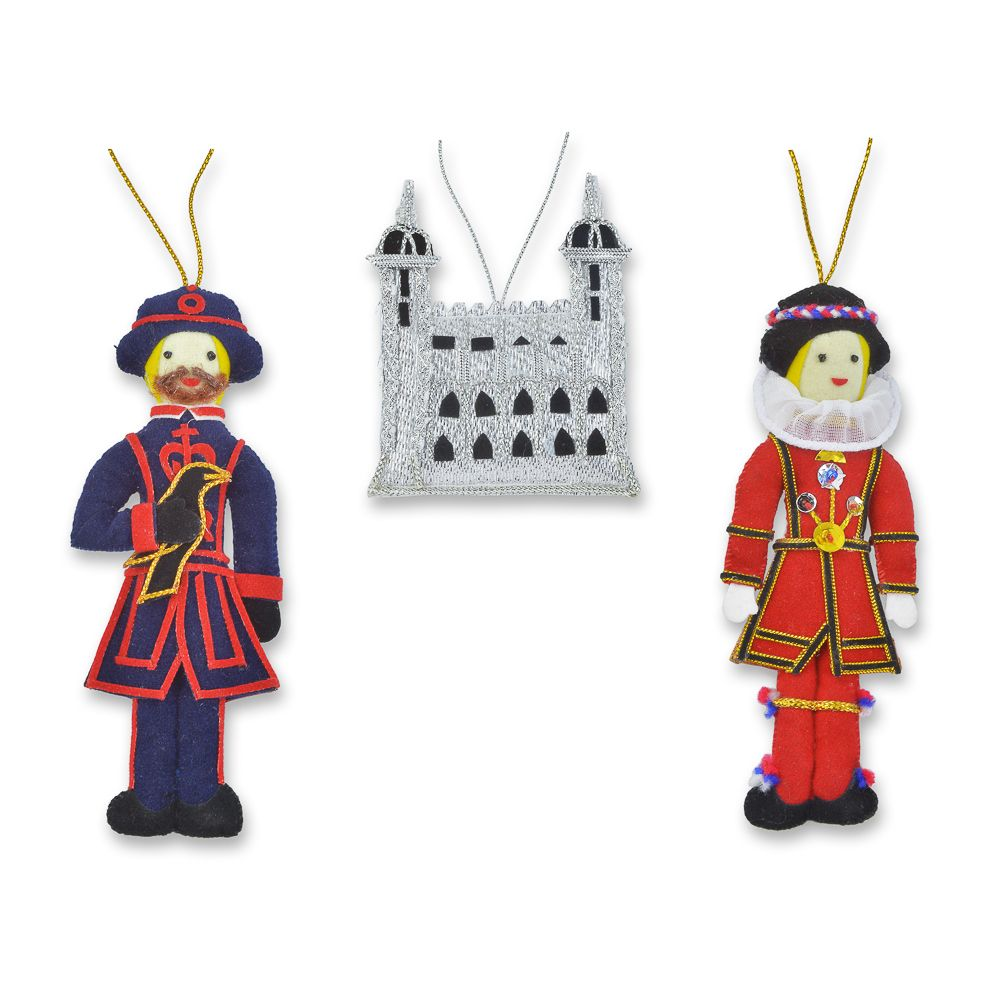 Tower Of London Tree Decorations With Images Tree Decorations Tower Of London London Christmas