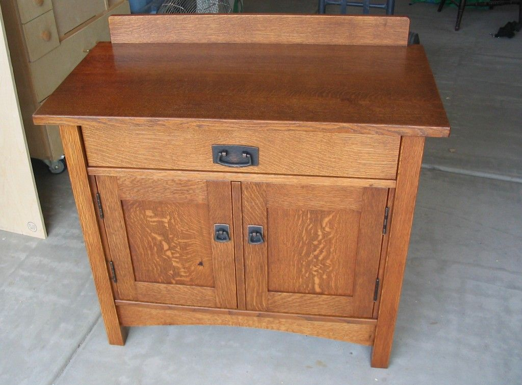 Furniture With Quarter Sawn White Oak