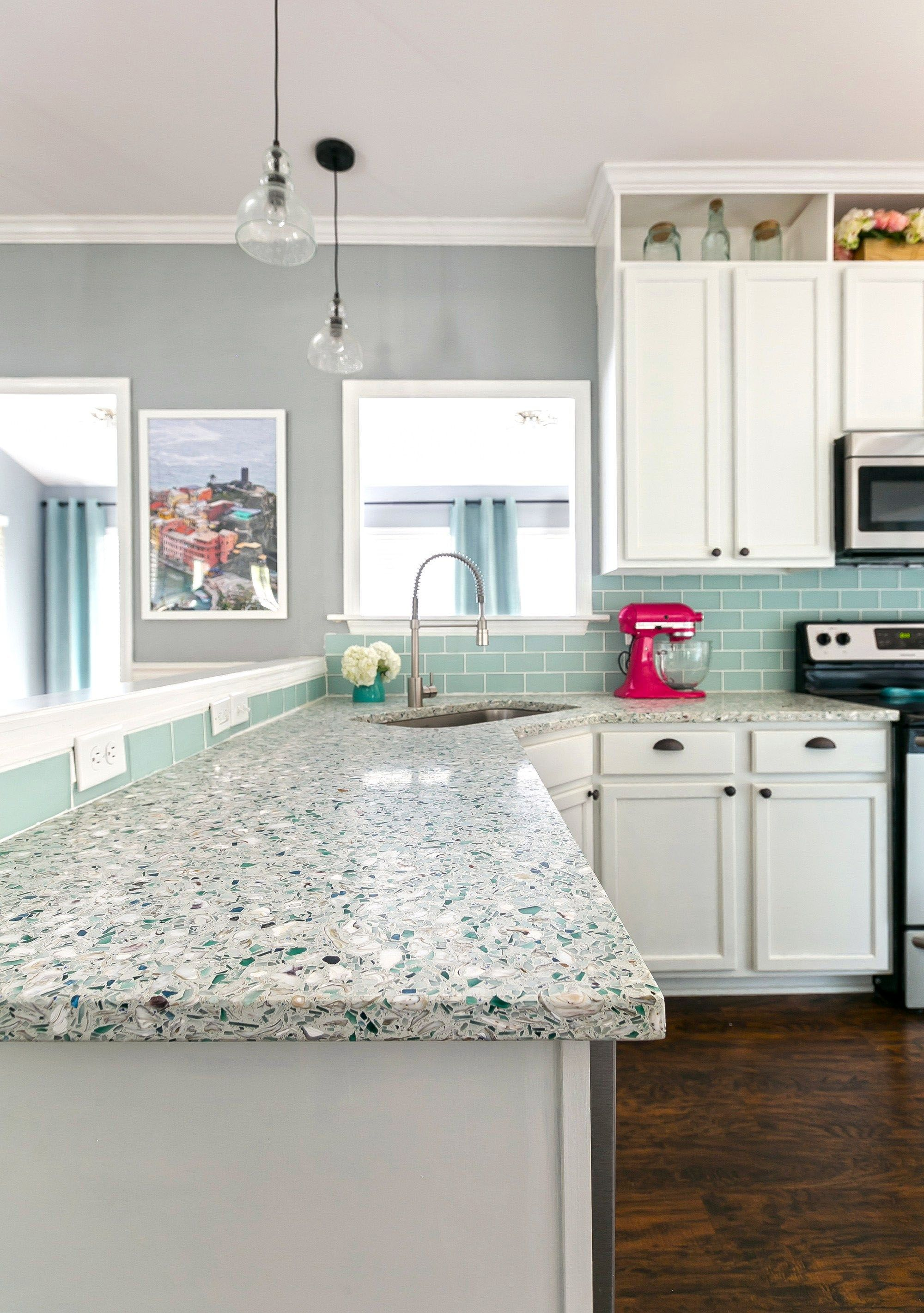 Ways To Decorate A Kitchen Countertops Eugene Oregon Made Easy Coastal Kitchen Design Coastal Kitchen Mint Green Kitchen