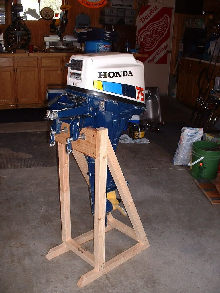diy motor stand - Google Search | Cabin Projects | Outboard motor stand, Aluminum fishing boats ...