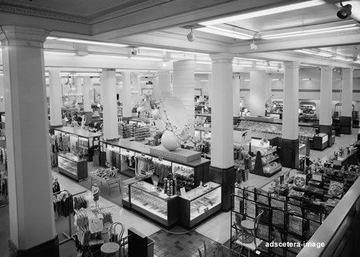Main Floor Of O Neil S Department Store Akron Ohio