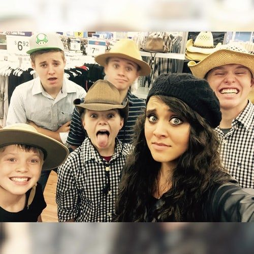 Weird Duggar Pictures From Instagram That'll Make You Say