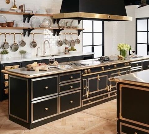Amazing Black, White And Brass    Great Color Combo For The Kitchen. La Cornue