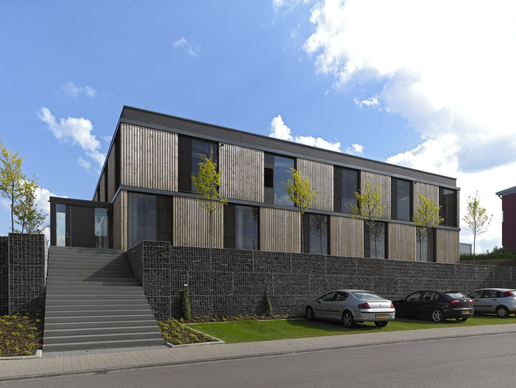 Newteam Office Building BMBT