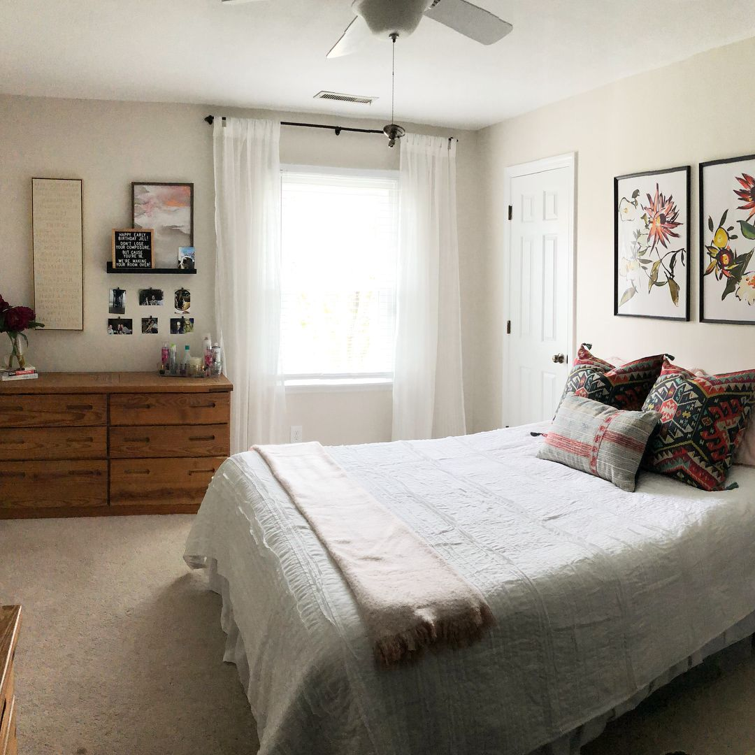 """We surprised my (almost) 16 year old sister-in-law with a room makeover this weekend! Swipe though for the """"after"""" photos. We were going for a casual bohemian/mid century design and I'm happy with how it all came together (in just 24 hours!). Jill helped me paint her room and she kicked butt at her first time painting! . . The wall color is Sherwin Williams City Loft and the beautiful art above the bed is from @jennysprintshop. The desk and dresser were already in the room. The desk chair and... #cityloftsherwinwilliams"""