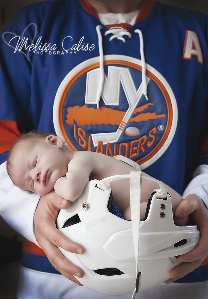 Melissa Calise Photography (Newborn Boy Photo Shoot Posing Ideas Hockey  Islanders New York Helmet) ebe2946575a