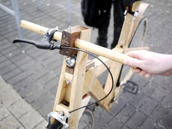 Cycle- Recycle: Wooden bike Bike & Friends Wood & Organic