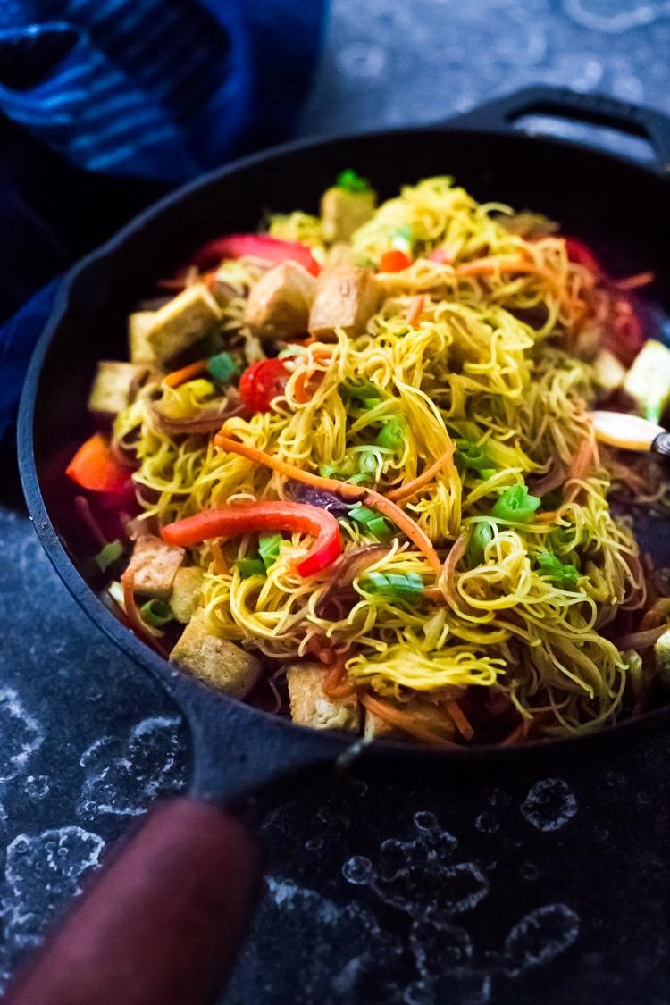 Singapore Noodles | Recipe | Food recipes, Stir fry ...
