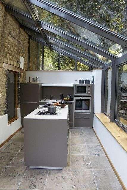 Come arredare una veranda cucina | Kitchen | Estensioni cucina ...