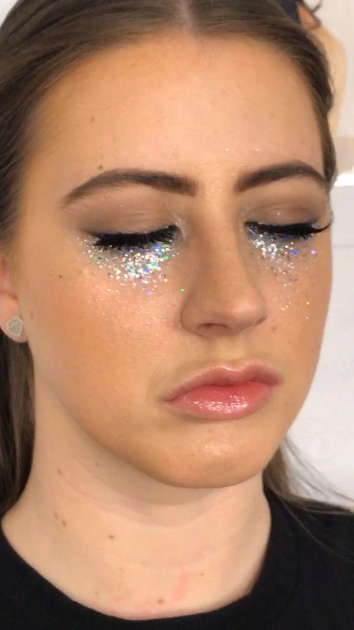 Euphoria makeup look based on Euphoria -   16 euphoria makeup ideas
