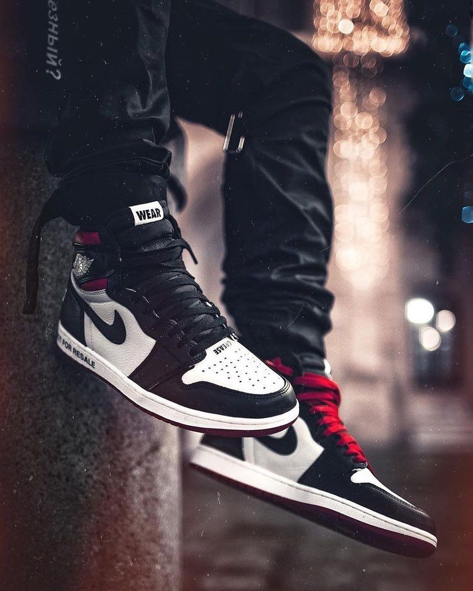 Air Jordan 1 Mid Chile Red Outfit