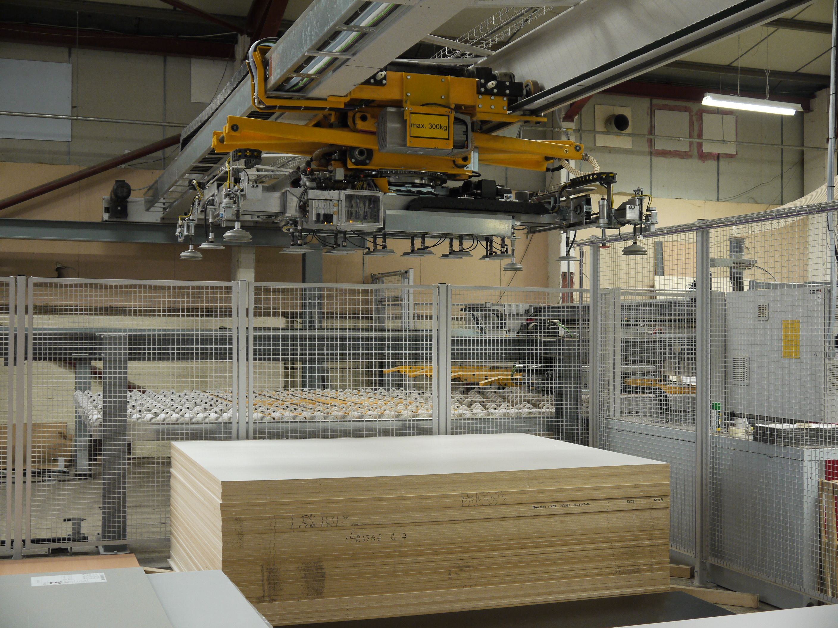 With Chaotic Storage Panels Can Be Stacked In Any Order And Retrieved Without Even Breaking