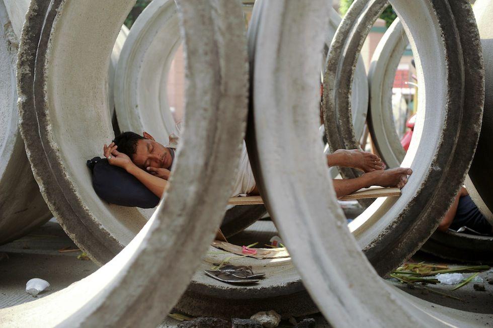 Manila, Filippine Un senzatetto a Manila. (NOEL CELIS/AFP/Getty Images)