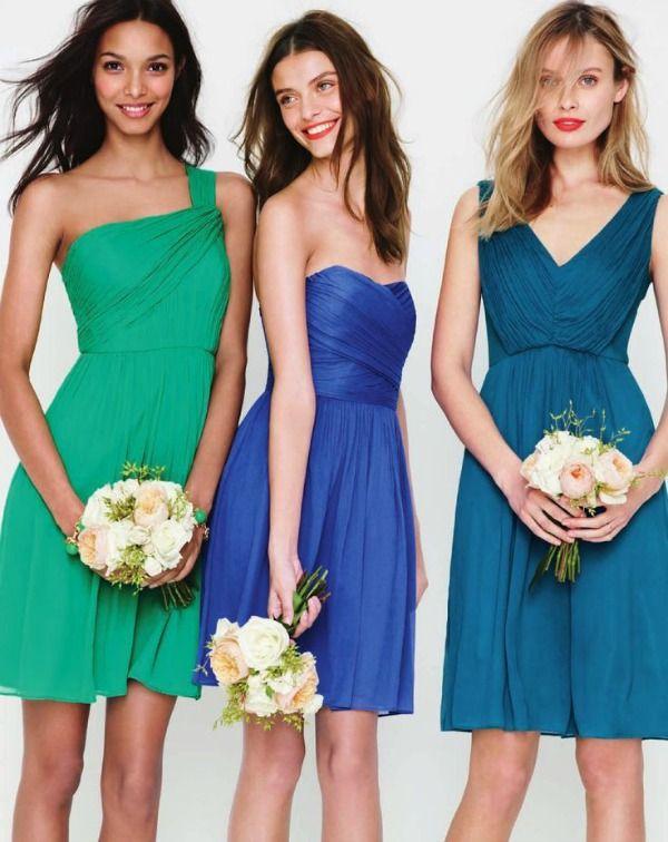 2e7c9a2c81 10 Bridesmaid Colour Combos For Tropical or Beach Weddings ...