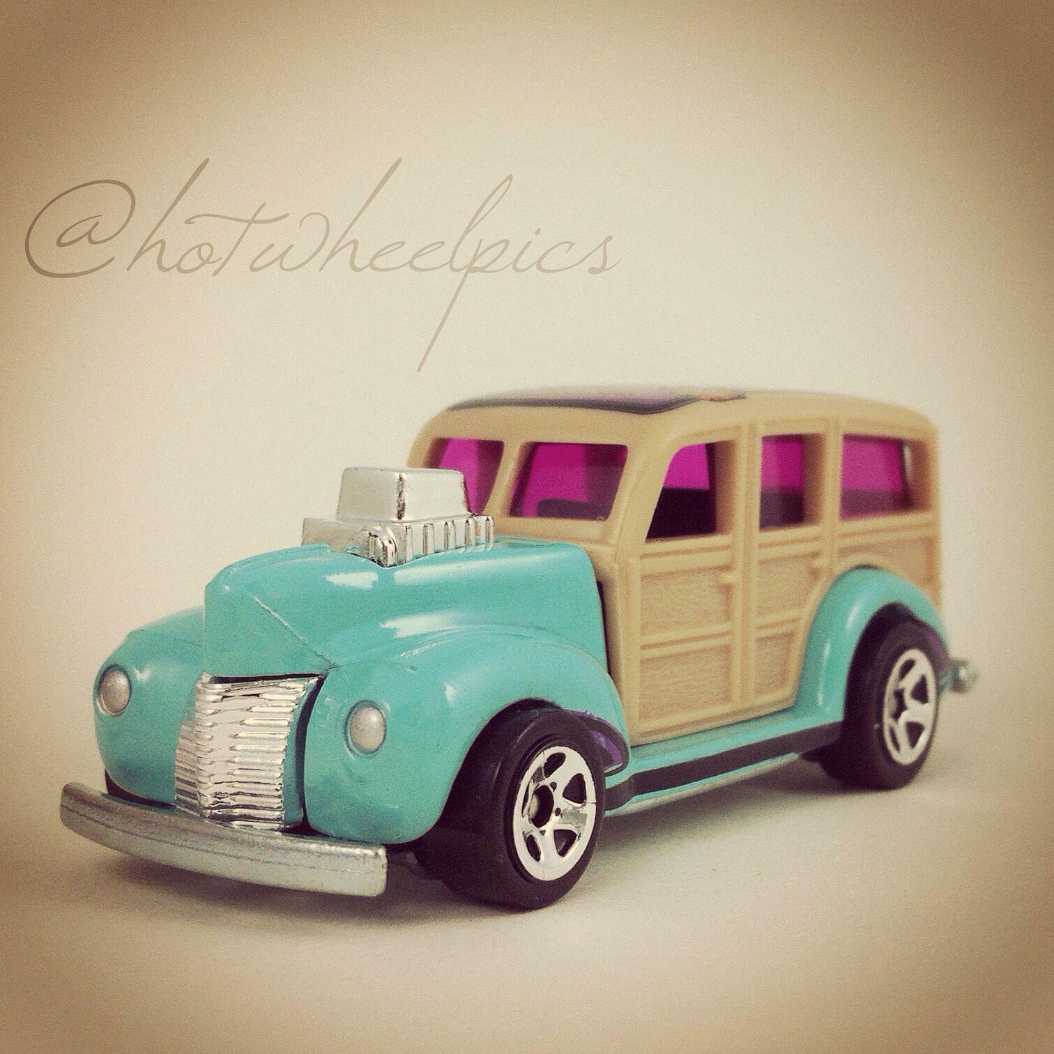 Mattel hot wheels hw road trippin series 20 21 road 14 torquoise trail 40 s woodie wagon miniature die cast metal scale model vehic