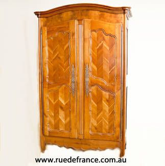 ANTIQUE FRENCH 2 DOOR CHERRY WOOD ARMOIRE   CUPBOARD   WARDROBE