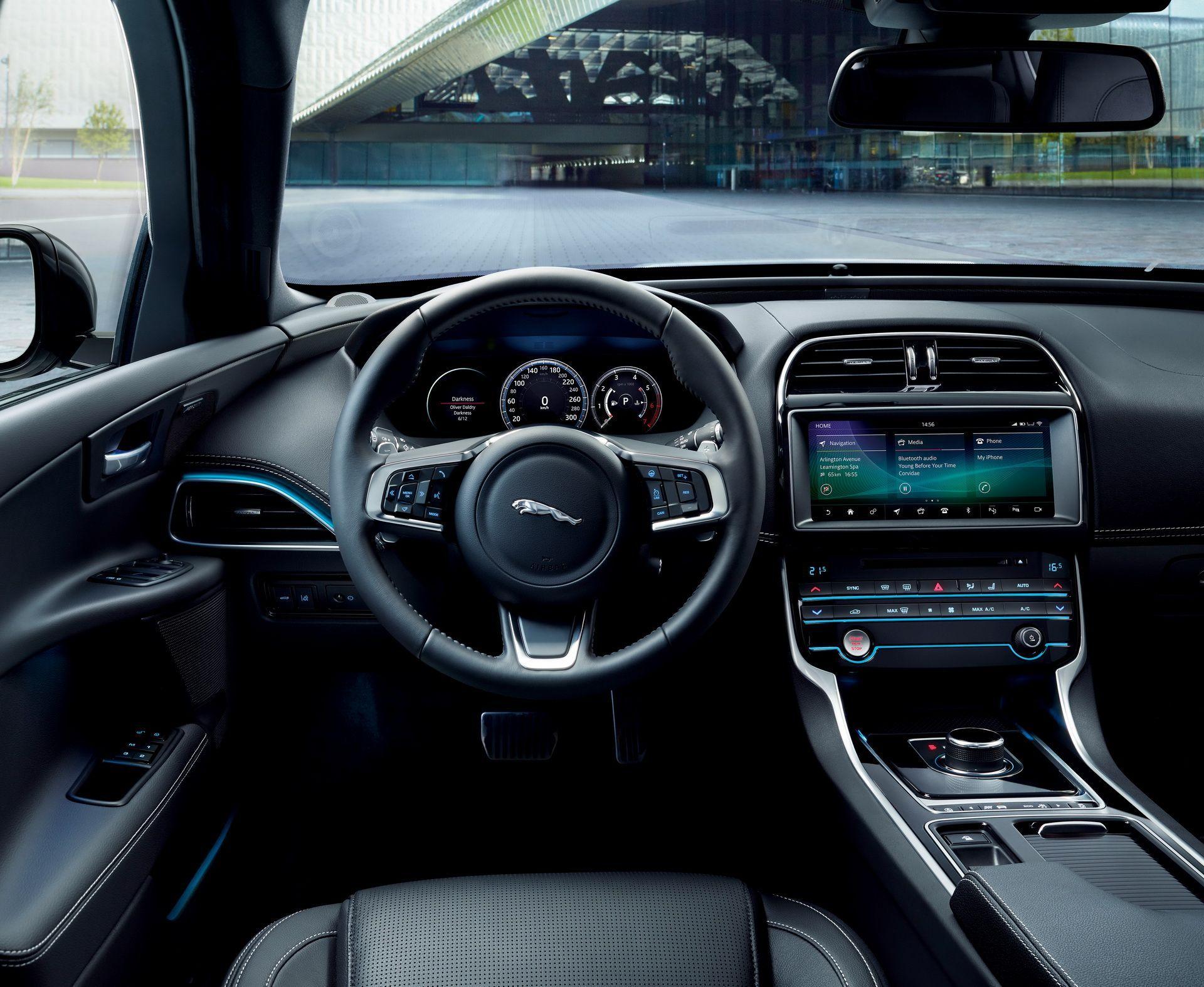 Awesome Jaguar Xe R Sport 2019 Interior And Description Di 2020
