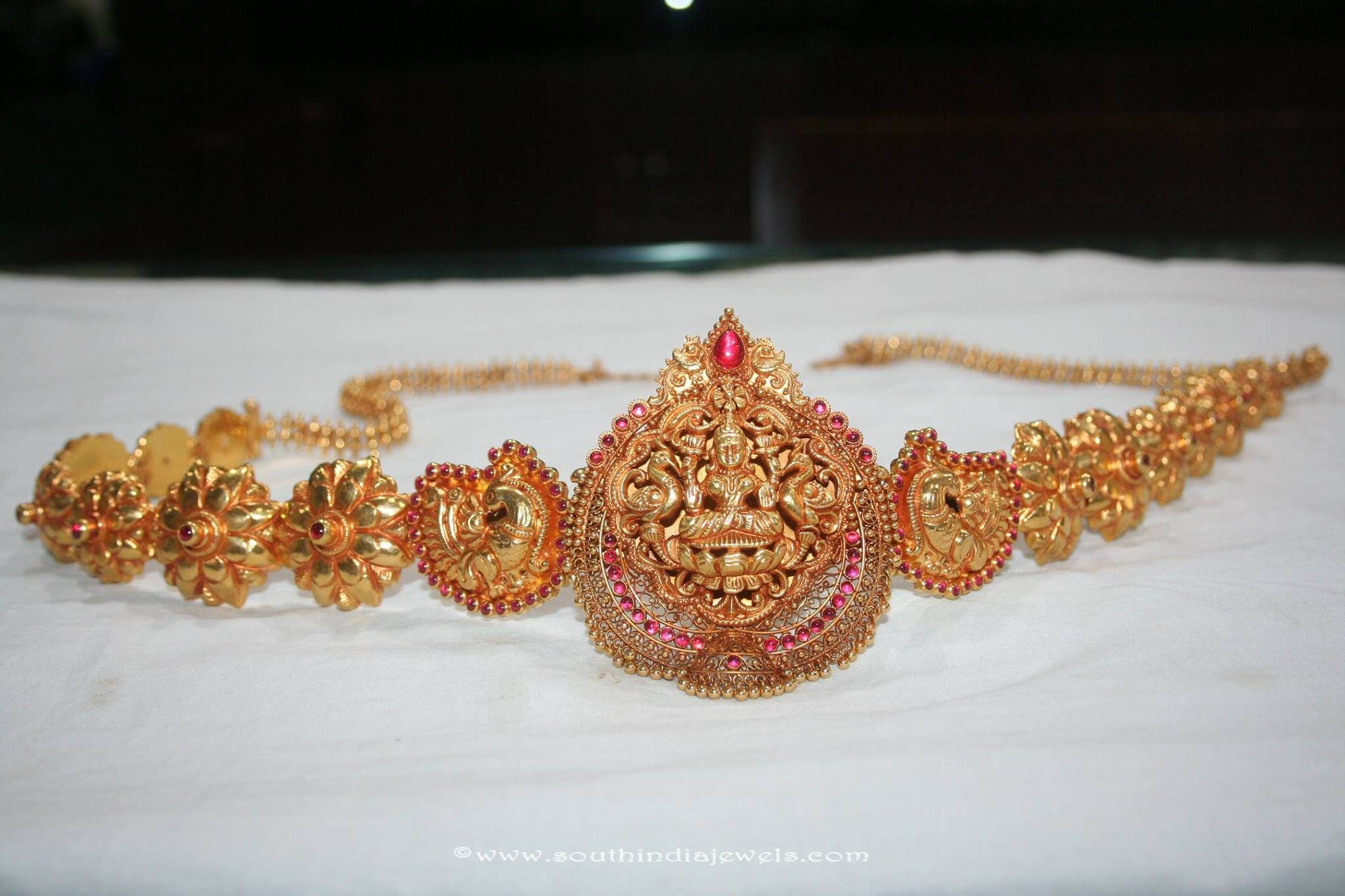 Gold vaddanam oddiyanam kammarpatta waisbelt designs south indian - 22k Gold 4 In 1 Lakshmi Vaddanam Vadanam Designs Pinterest Gold Indian Gold Jewelry And Gold Jewellery