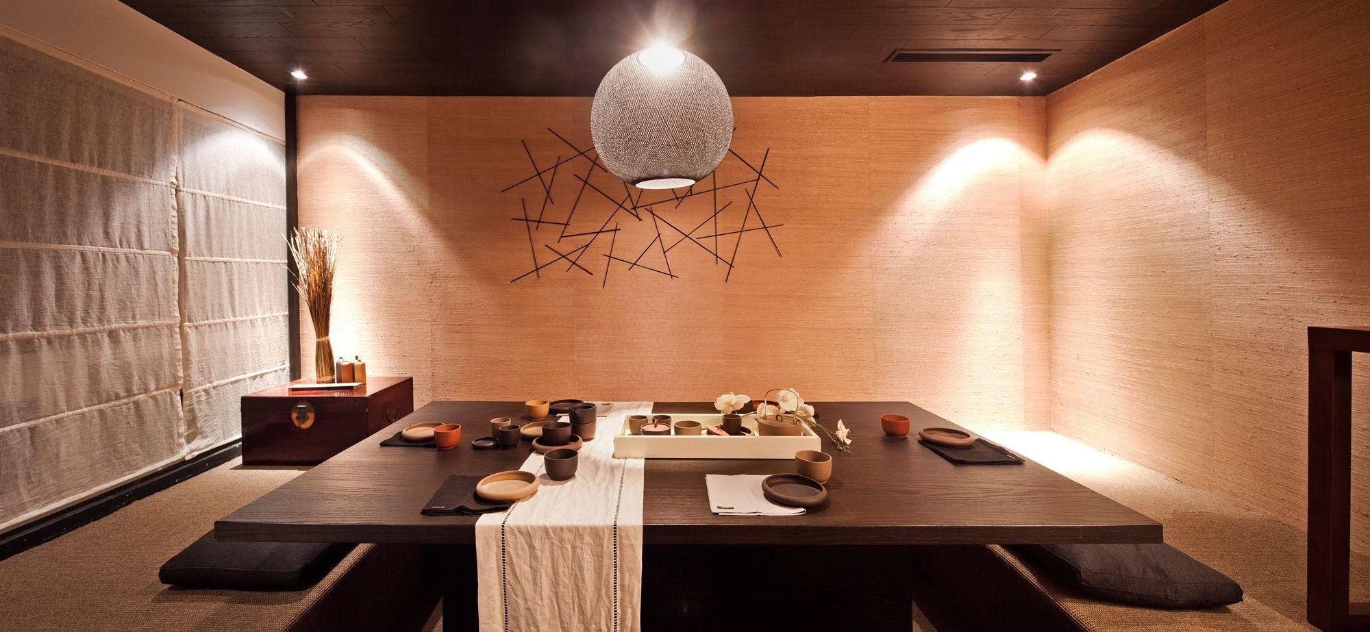 Breathtaking Japanese Dining Room Interior Design Ideas Plus Huge Square Coffee Table