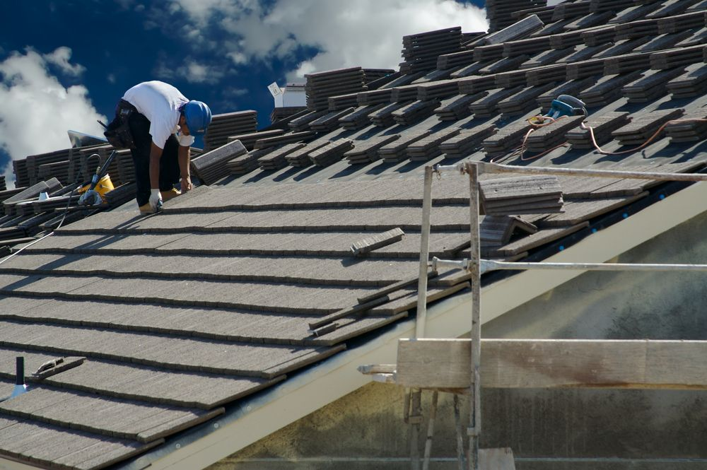 Tesla's New Solar Roof is Here Solar roof tiles, Roofing