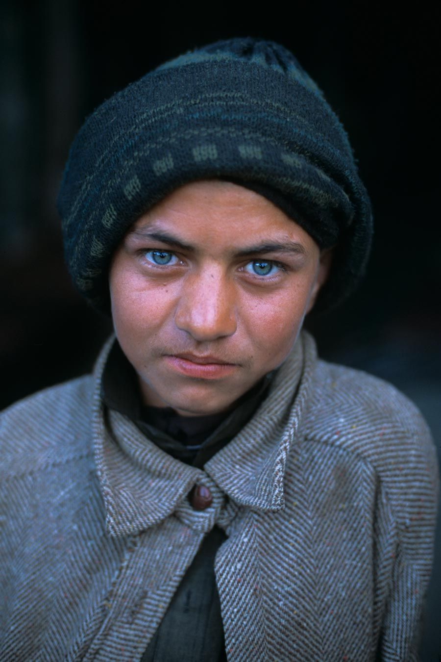 #Kabul, Afghanistan    Steve McCurry     -   http://vacationtravelogue.com We guarantee the best price