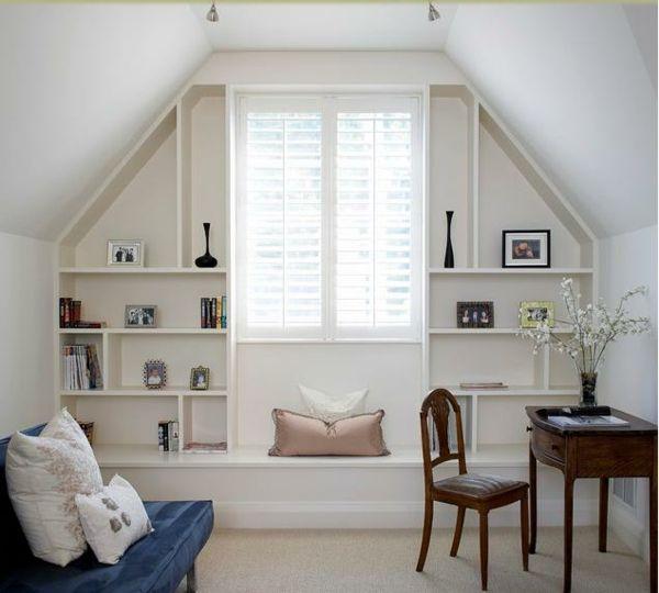 Gestaltungsideen schlafzimmer mit dachschr ge regale for Gestaltungsideen schlafzimmer